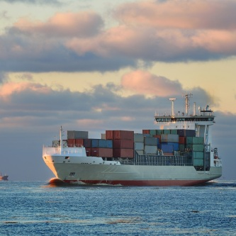 sea_freight_services_cargo_container_ship_BCR_333